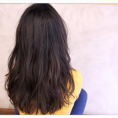 暗髪 外国人風 大人女子 ナチュラル ヘアスタイルや髪型の写真・画像