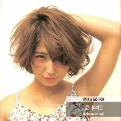 外国人風 ボブ ナチュラル マルサラ ヘアスタイルや髪型の写真・画像