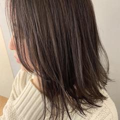 ミディアム ラベンダー ラベンダーグレージュ ラベンダーカラー ヘアスタイルや髪型の写真・画像