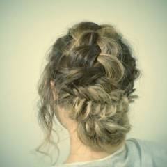 ナチュラル 個性的 フェミニン ストリート ヘアスタイルや髪型の写真・画像