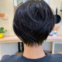 ショート ショートヘア ナチュラル 黒髪ショート ヘアスタイルや髪型の写真・画像