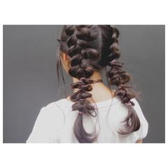 簡単ヘアアレンジ 三つ編み ロング フィッシュボーン ヘアスタイルや髪型の写真・画像