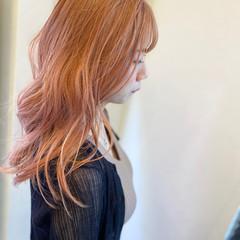 ピンクアッシュ エレガント セミロング オレンジカラー ヘアスタイルや髪型の写真・画像
