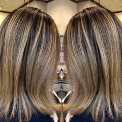 ロブ 西海岸風 ミディアム バレイヤージュ ヘアスタイルや髪型の写真・画像