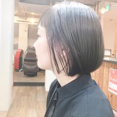 ピンクアッシュ ピンクベージュ 切りっぱなしボブ ナチュラル ヘアスタイルや髪型の写真・画像