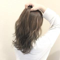 フェミニン 外国人風カラー セミロング 透明感 ヘアスタイルや髪型の写真・画像