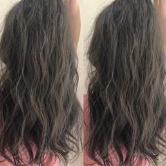 アッシュ ロング グレージュ 夏 ヘアスタイルや髪型の写真・画像