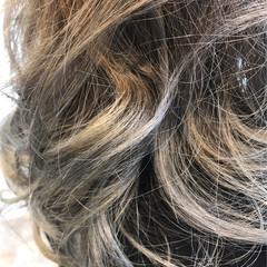 3Dカラー ヘアアレンジ ネイビーアッシュ 外国人風カラー ヘアスタイルや髪型の写真・画像