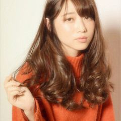 アンニュイ 上品 巻き髪 ゆるふわ ヘアスタイルや髪型の写真・画像