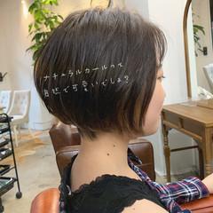 ショート ガーリー アッシュ スポーツ ヘアスタイルや髪型の写真・画像