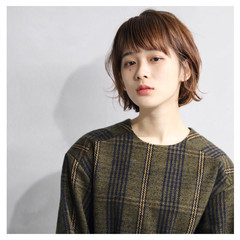 ショート モード 小顔 ナチュラル ヘアスタイルや髪型の写真・画像