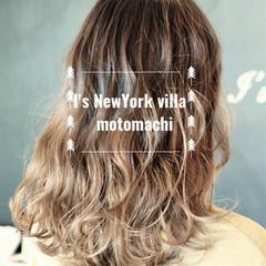 グラデーションカラー ストリート アッシュ ミディアム ヘアスタイルや髪型の写真・画像