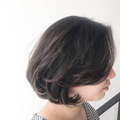 グレージュ 外国人風カラー ゆるふわ フェミニン ヘアスタイルや髪型の写真・画像