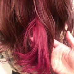 ピンク ベリーピンク ガーリー ブリーチなし ヘアスタイルや髪型の写真・画像