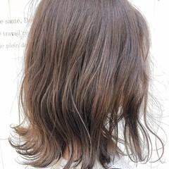 透け感ヘア フェミニン ミディアム 透明感カラー ヘアスタイルや髪型の写真・画像