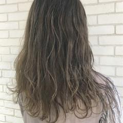 エレガント ハイライト 上品 グレージュ ヘアスタイルや髪型の写真・画像