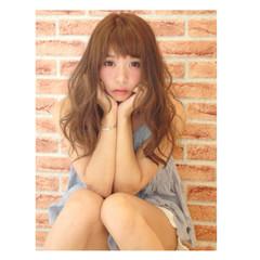 セミロング ピュア ガーリー アッシュ ヘアスタイルや髪型の写真・画像