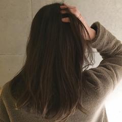 アッシュ 大人かわいい グレージュ セミロング ヘアスタイルや髪型の写真・画像