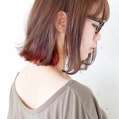 ピンク レッド ダブルカラー 暗髪 ヘアスタイルや髪型の写真・画像