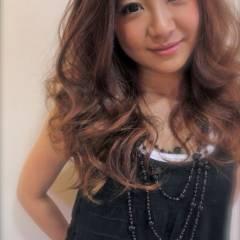 コンサバ ロング ゆるふわ 渋谷系 ヘアスタイルや髪型の写真・画像