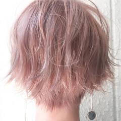ダブルカラー バイオレットアッシュ ショート 透明感 ヘアスタイルや髪型の写真・画像