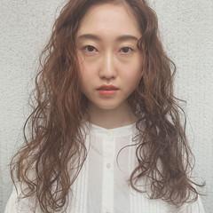 パーマ 結婚式 成人式 ヘアアレンジ ヘアスタイルや髪型の写真・画像
