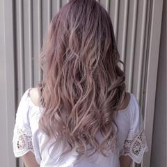 ラベンダーピンク ロング ピンク ベージュ ヘアスタイルや髪型の写真・画像