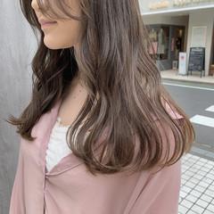 ベージュ ヘアカラー フェミニン グレージュ ヘアスタイルや髪型の写真・画像