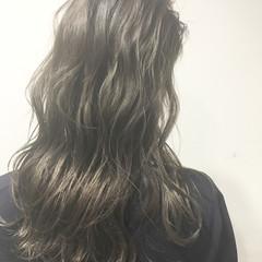 ストリート セミロング アッシュ ピュア ヘアスタイルや髪型の写真・画像