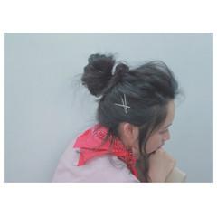 ルーズ バンダナ セミロング 簡単ヘアアレンジ ヘアスタイルや髪型の写真・画像