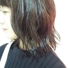 ウェットヘア 切りっぱなし ボブ 暗髪 ヘアスタイルや髪型の写真・画像