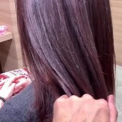 ピンクパープル ピンク ピンクベージュ セミロング ヘアスタイルや髪型の写真・画像