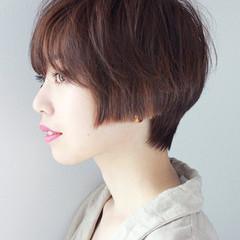 小顔 ショート ダブルカラー モード ヘアスタイルや髪型の写真・画像