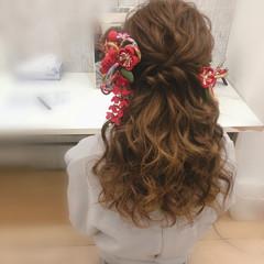 成人式ヘア セミロング ヘアセット ハーフアップ ヘアスタイルや髪型の写真・画像