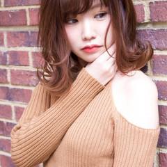 ボブ フェミニン ミディアム 大人女子 ヘアスタイルや髪型の写真・画像