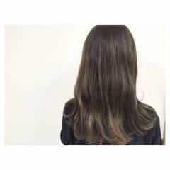 外国人風 ウェットヘア マルサラ ストリート ヘアスタイルや髪型の写真・画像