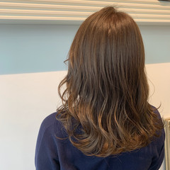 シアーベージュ ナチュラル 透明感カラー グレージュ ヘアスタイルや髪型の写真・画像