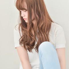 アッシュ 外国人風 大人かわいい ロング ヘアスタイルや髪型の写真・画像