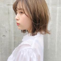 インナーカラー ウルフカット 切りっぱなしボブ 外ハネボブ ヘアスタイルや髪型の写真・画像