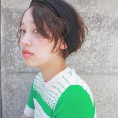 暗髪 ヘアアレンジ ショート パーマ ヘアスタイルや髪型の写真・画像