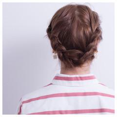 ナチュラル ロブ ヘアアレンジ 簡単ヘアアレンジ ヘアスタイルや髪型の写真・画像