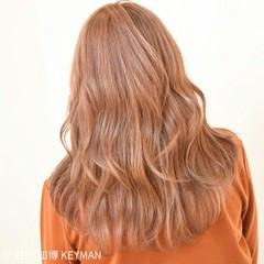 冬 セミロング ガーリー ベリーピンク ヘアスタイルや髪型の写真・画像