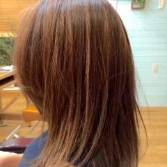 セミロング ハイライト ストリート ミディアム ヘアスタイルや髪型の写真・画像