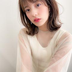 ミディアム モテ髪 アンニュイほつれヘア ナチュラル ヘアスタイルや髪型の写真・画像