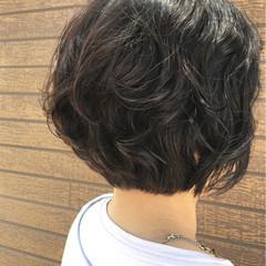 ボブ ナチュラル 簡単 パーマ ヘアスタイルや髪型の写真・画像