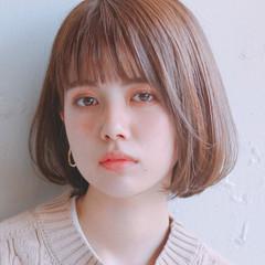 インナーカラー アンニュイほつれヘア ナチュラル ミニボブ ヘアスタイルや髪型の写真・画像