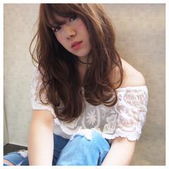 グレージュ 小顔 外国人風 グラデーションカラー ヘアスタイルや髪型の写真・画像