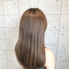 ベージュ ガーリー クリーミーカラー セミロング ヘアスタイルや髪型の写真・画像