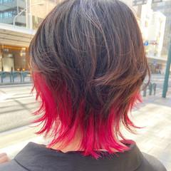 レイヤーカット ミディアム ウルフカット ナチュラル ヘアスタイルや髪型の写真・画像