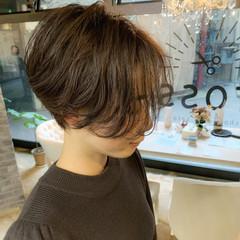 アンニュイほつれヘア ゆるふわ ショート デート ヘアスタイルや髪型の写真・画像